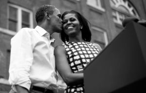 Obama and michelle kiss